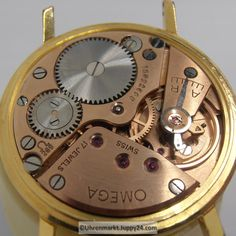 Omega Gold in TOP Zustand Baujahr 1962 mit Omega Band und Omega Omega, Rolex Watches, Gold, Accessories, Clocks, Clock Movements, Wrist Watches, Find Friends