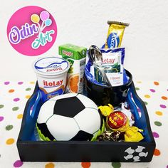 Mini Tortillas, Soccer Ball, Breakfast, Birthday, Ideas, Creative Things, Baby Boys, Presents, Creativity