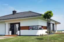 Dom w bodziszkach Bungalow House Design, Modern House Design, Dream House Plans, Design Case, Farmhouse, Exterior, Outdoor Decor, Zimbabwe, Home Decor