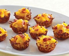 Perfect hash brown nests! Love this idea! Fast, simple, and bite size breakfast! Just press thawed hash browns into a mini-muffin tin, fill with your favorite breakfast foods (scrambled eggs, breakfast sausage, bacon), and bake at 400°F for 22 - 25 minutes or until golden brown. Www.pamperedchef.biz/jessicaspckitchen