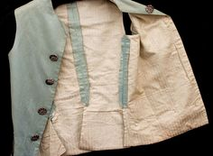 Antique Clothing: #1690 Boy's silk suit, late 18th century at Vintage Textile