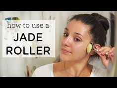 How to use a jade roller. The benefits of using a jade roller in your beauty routine, how jade rollers reduce fine lines & wrinkles and how to get started! Skin Care Regimen, Skin Care Tips, Diy Beauty Secrets, Beauty Tips, Beauty Hacks, Daily Beauty, Beauty Products, Skin Care Routine For 20s, Skincare Routine