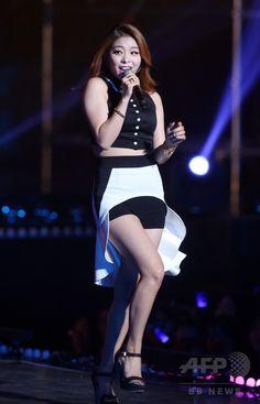 韓国・ソウル(Seoul)で行われた「GS&コンサート2014」で、パフォーマンスを披露する歌手のエイリー(Ailee、2014年11月22日撮影)。(c)STARNEWS ▼27Nov2014AFP GS&コンサート2014、PSYやエイリーらが登場 韓国 http://www.afpbb.com/articles/-/3032701 #Ailee #에일리 #Amy_Lee #Lee_Yejin #이예진 #李藝眞