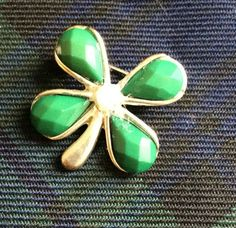 Lucky Clover Brooch  c.1980s  | eBay Pearl Beads, 1980s, Brooches, Fancy, Retro, Silver, Ebay, Things To Sell, Brooch