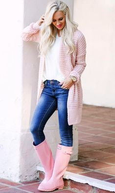#pretty #winter #outfits / Pink Wool Cardigan // White Top // Skinny Jeans // Pink Boots