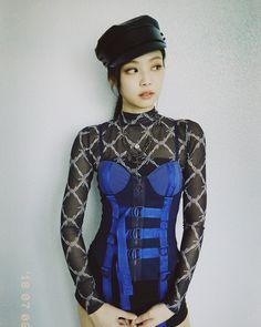 Find BlackPink Clothes, KPOP Shirts & KPOP Blouses for an affordable price Blackpink Jennie, Forever Young, South Korean Girls, Korean Girl Groups, Kpop Mode, Blackpink Members, Black Pink, Kim Jisoo, Blackpink Fashion