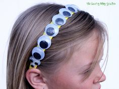 How to make Googly Eye Headbands perfect for crazy hair days and Halloween! A simple DIY craft tutorial idea to make and fun to wear. Handmade Halloween Costumes, Halloween Crafts, Halloween Decorations, Diy Halloween Headbands, Halloween Party, Holidays Halloween, Scary Halloween, Halloween Stuff, Crochet Headband Tutorial