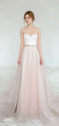 【婚纱】真正的时尚婚纱源自''简单'' !