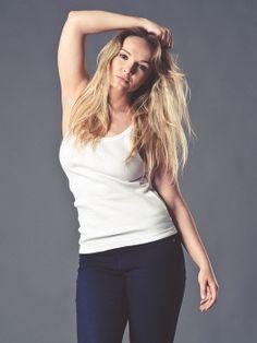 Koszulka Damska BASIC z odkrytymi łopatkami T Shirts For Women, Tops, Fashion, Moda, La Mode, Shell Tops, Fasion, Fashion Models, Trendy Fashion