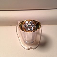 Men's Size 10.5 Gold CZ Ring 7 Stones