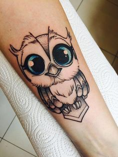 Owl Tattoo Design Ideas The Best Collection Top Rated Stylish Trendy Tattoo Designs Ideas For Girls Women Men Biggest New Tattoo Images Archive Baby Owl Tattoos, Cute Owl Tattoo, Owl Tattoo Small, Tattoo Owl, Tattoo Ribs, Time Tattoos, Hot Tattoos, Body Art Tattoos, Sleeve Tattoos