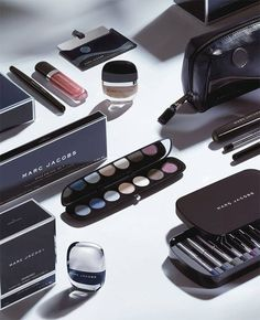 Marc-Jacobs-Holiday-2014-Beauty