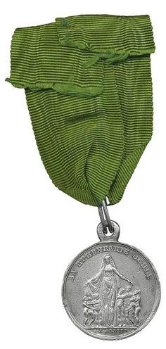 16 февраля 1826 года Положением Комитета министров, утвержденным Императором Николаем I была учреждена медаль «За прививание оспы».