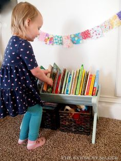 How to build a Children's Bookshelf Manger - The Sawdust Maker