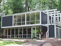The Strange Pocket of Modern Houses in Virginia that Were Considered Communist | Atlas Obscura
