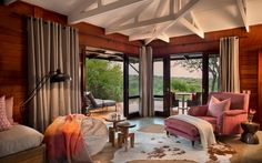 Kwandwe in the center of South Africa's malaria-free area near Grahamstown. The reserve is a member of the exclusive Relais & Chateaux portfolio. Private Games, Game Reserve, Contemporary Interior, Lodges, Homesteading, South Africa, Gazebo, Outdoor Structures, House