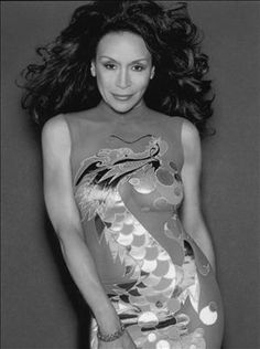 """Freda Payne """"Band of Gold"""" Soul Train Dancers, Freda Payne, Old School Music, Black Goddess, Women In Music, Hip Hop And R&b, Portraits, Most Beautiful Faces, Ageless Beauty"""