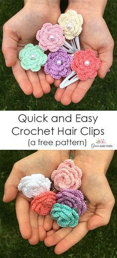 and Easy Crochet Hair Clips - A Free Tutorial Quick and easy crochet hair clips, free pattern and tutorial! Quick and easy crochet hair clips, free pattern and tutorial! Crochet Hook Sizes, Thread Crochet, Crochet Crafts, Crochet Yarn, Crochet Flowers, Crochet Projects To Sell, Easy Crochet Flower, Easy Crochet Baby Hat, Kids Crochet