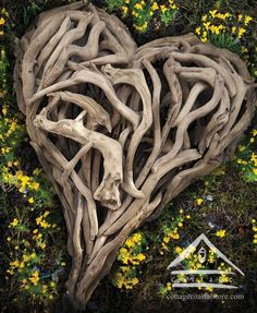 Driftwood heart - great idea for coastal bedroom. Heart In Nature, Heart Art, Land Art, Yoga Studio Design, Driftwood Crafts, I Love Heart, Felt Hearts, Garden Art, Mother Nature
