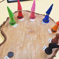 Wochentagekalender für den Morgenkreis in der Kita - DIY Kindergarten Activities, Kindergarten Reading, Preschool, Reading Stories, Stories For Kids, Math Crafts, Montessori Materials, Play To Learn, How To Memorize Things