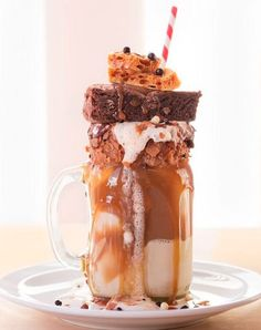 Based in Dalston, Molly Bakes dishes up dreamy shakes.   Everyone Is Losing Their Minds Over This London Cafe's Insane Milkshakes