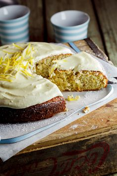 Pistachio & Lemon Cake with White chocolate sour cream icing. #Cake #Recipe #Baking