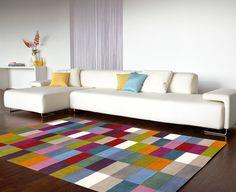 #TipLar Puedes usar tapetes para delimitar áreas y para darle más estilo a tu hogar.