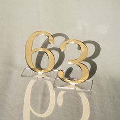 Wedding Places, Wedding Place Cards, Wedding Signs, Wedding Table Settings, Wedding Table Numbers, Table Wedding, Rose Gold Table, Double Sided Mirror, Gold Table Numbers