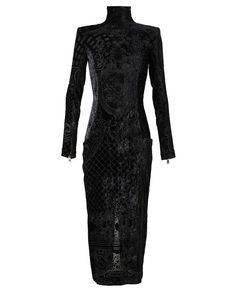 balmain midnight black velvet gown. structured shoulder pads and long sleeve. unREAL.