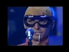 Chiki Liki Tu-a - Laska moja de si (Live at Aurel 2003) - YouTube Mirrored Sunglasses, Mens Sunglasses, Live, Youtube, Men's Sunglasses, Youtubers, Youtube Movies