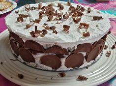 three kids and a fish: Resses Peanut Butter Cup Ice Cream Cake