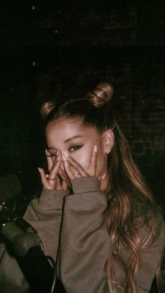 The post ariana grande appeared first on Hintergrundbilder. Ariana Grande Fotos, Ariana Grande Pictures, Ariana Hrande, Ariana Grande Cute, Ariana Grande Smiling, Ariana Grande Ponytail, Ariana Grande Tumblr, Ariana Grande Concert, Ariana Grande Wallpaper