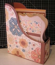 So I spent yesterday and this morning playing with the New Artiste Cartridge and I have to say CTMH has done it again, I love this cartrid. Artist Project, Pop Up Cards, Close To My Heart, New Artists, Cricut Ideas, Cardmaking, Cart, Stamps, Boxes