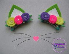 Linda flor em degradê.Pode ser aplicada na faixinha de meia de seda como no arquinho de acordo com sua preferência. Outras cores disponíveis: rosa e lilás.