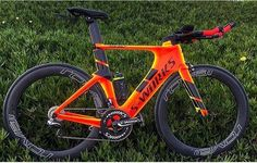 Spz Shiv @tzaferes #lovesroadbikes #specialized #sworks #shiv #imspecialized #aeroiseverything #roval #di2 #duraacedi2