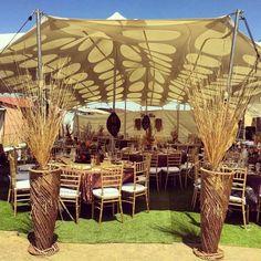 Traditional Wedding Decor Esk Atilde V Aring – Gâteau Mariage African Wedding Theme, African Theme, African Wedding Dress, African Weddings, Zulu Traditional Wedding, Traditional Decor, Traditional Cakes, Zulu Wedding, Chic Wedding