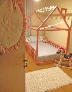 Montessori Yer Yatağı Bacalı Montessori Floor Bed with Spout The post Montessori Floor Bed with Spout appeared first on Pink Unicorn. Big Girl Bedrooms, Little Girl Rooms, Kids Bedroom, Dream Bedroom, Diy Toddler Bed, Toddler Rooms, Deco Kids, Montessori Room, House Beds