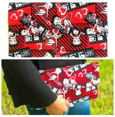 Betty Boop💋clutch! Always FREE shipping over $ 30 code GRND16 ! www.afenicollections.com  Link in bio . . . . . #handmade#customfashion#summerfashion#trendyfashion#affordablefashion#summeraccessories#fashionaccessories#supportblackbusiness#fashionblogger#styleblogger#clutchpurse#uniquepurse#fashionjewelry#styleblog#bettyboop#bettyboopaccessories#vintagefashion#animatedaccessories#cartoonaccessories#jewelrydesigner#jewelryaddict#style#fashionjewelry#fashiontrend#womensfashion#beadedjewelry#