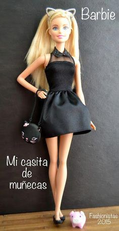 Buy products such as Barbie DreamHouse, Disney Minnie Mouse Store & Organize Plastic Toy Box by Delta Children at Walmart and save. Barbie Et Ken, Barbie Model, Barbie Doll House, Barbie Barbie, Barbie Blog, Barbies Dolls, Dolls Dolls, Barbie Style, Barbie Vintage