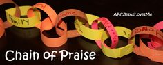 Our Out-of-Sync Life: Thanksgiving Traditions: Chain of Praise Thanksgiving Prayer, Thanksgiving Traditions, Thanksgiving Holiday, Holiday Traditions, Family Traditions, Christmas, Preschool Social Skills, Preschool Activities, Preschool Art