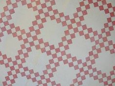 Densely Quilted! LG Double Pink & White Irish Chain Antique QUILT ~ Excellent Co