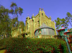 """The Haunted Mansion exterior - Enter """"anaglyph glasses"""" in your search engine to order 3D glasses to view in 3D!"""