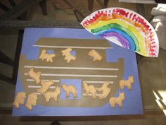 Noah's Ark craft...with animal crackers - site has LOTS of additional ideas too