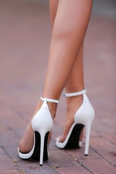 Saint Laurent White Jane sandals