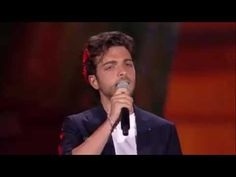 IL VOLO ITENERVISTA EN INGHESC E ITALIANO - YouTube