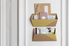 The Tri-Postal. By Papier Tigre