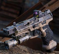Airsoft Guns, Weapons Guns, Guns And Ammo, Tactical Pistol, Armas Ninja, Custom Guns, Hunting Rifles, Cool Guns, Military Weapons
