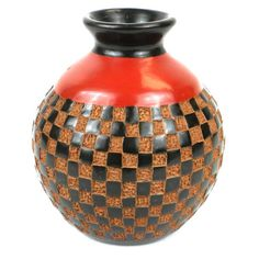 6 inch Tall Vase - Checkers Relief - Esperanza en Accion This decorative vase from Nicaragua is 6 inches tall and 5 inches in diameter, featuring a checkered relief design. This is low fired and not designed to hold water. Pottery Vase, Ceramic Pottery, Ceramic Art, Native American Pottery, Keramik Vase, Clay Vase, Tall Vases, Vases Decor, Handmade Pottery