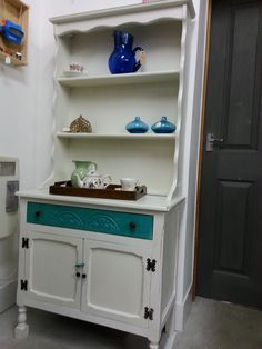 Petite dresser Old white with Drawer in Florence Chalk Paint™