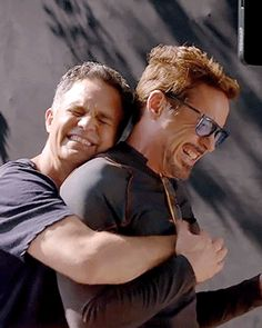 Mark Ruffalo is me x - Marvel Universe The Avengers, Dc Movies, Marvel Movies, Marvel Actors, Marvel Heroes, Marvel Universe, Ironman, Iron Man Tony Stark, Downey Junior
